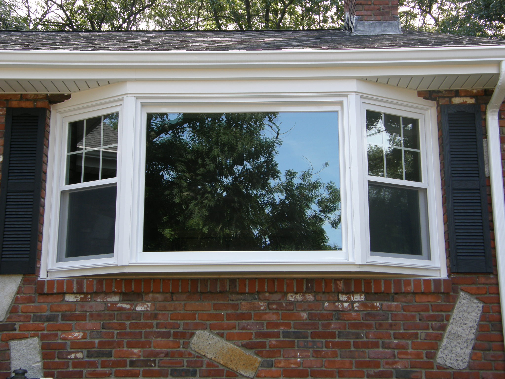 Windows doors northshore window and siding for Bay window replacement